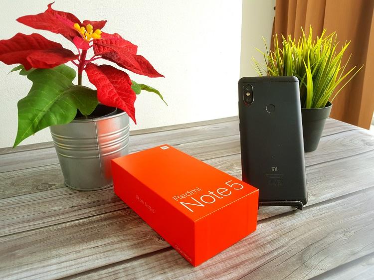 Redmi Note 5测评:性能平均,中端手机的性价比代言人!