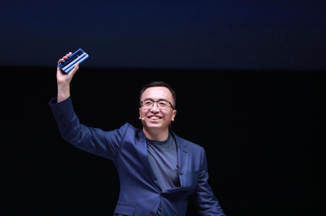 HONOR总裁赵明有意推出折叠手机,并且会在明年推出!而且价格亲民?