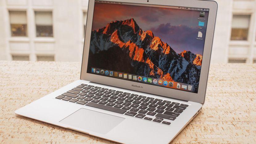 MacBook Air脱节太久!会随着新iPhone一同发布?