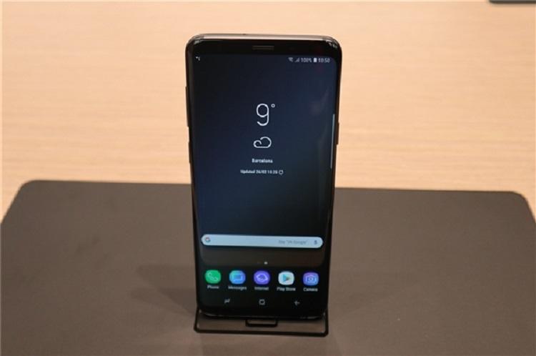 Samsung Galaxy S10 Lite曝光!Infinity-O屏幕设计+Snapdragon 8150处理器!